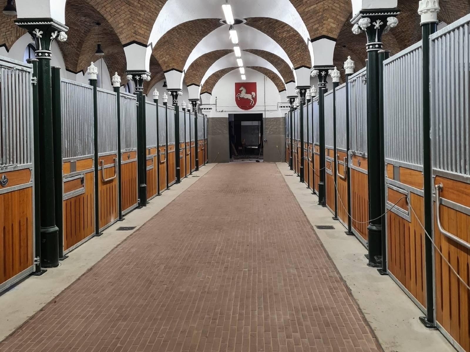 Leere, umgebaute Stallungen bei der Polizeidirektion Hannover