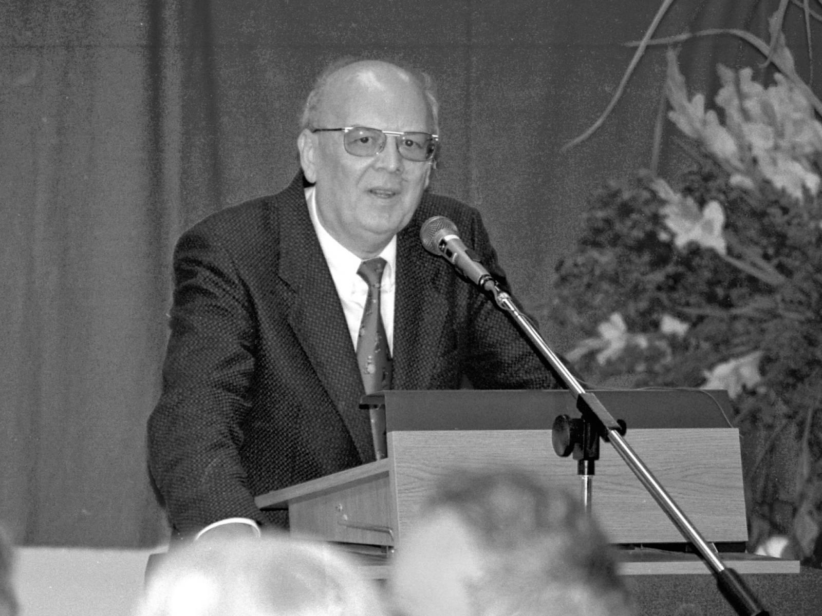 Oberkreisdirektor Herbert Droste im Jahr 1993