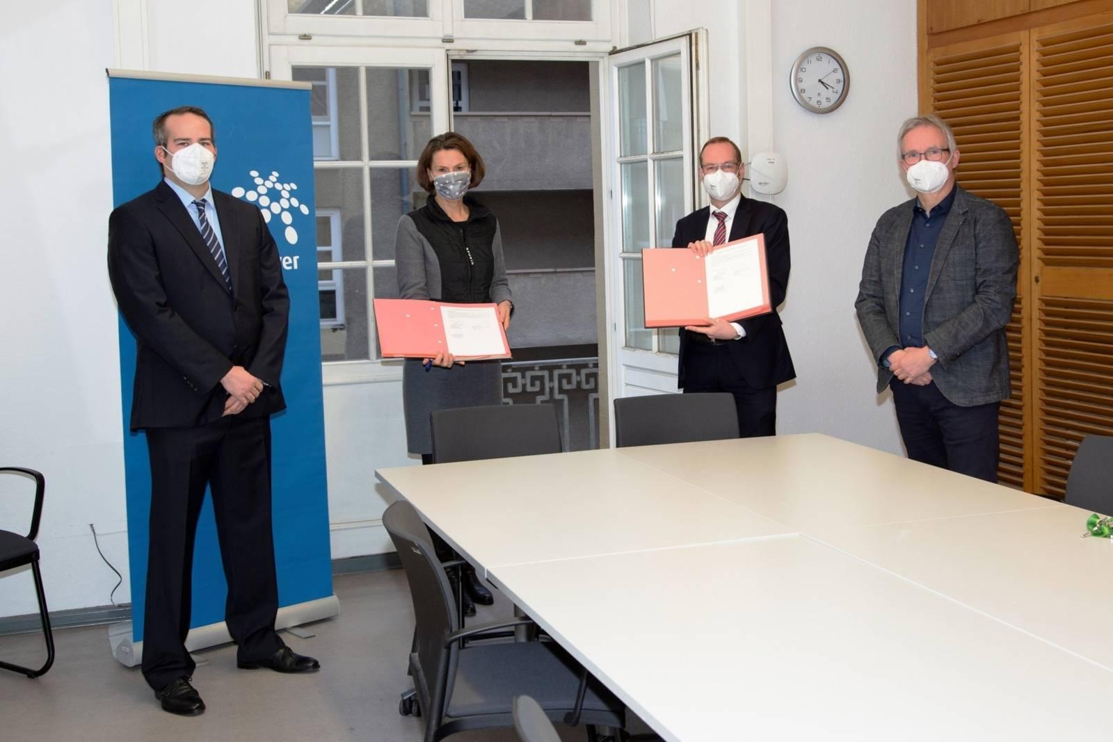 Christopher Toben, Christine Karasch, Sebastian Pinke, Andreas Kutscher