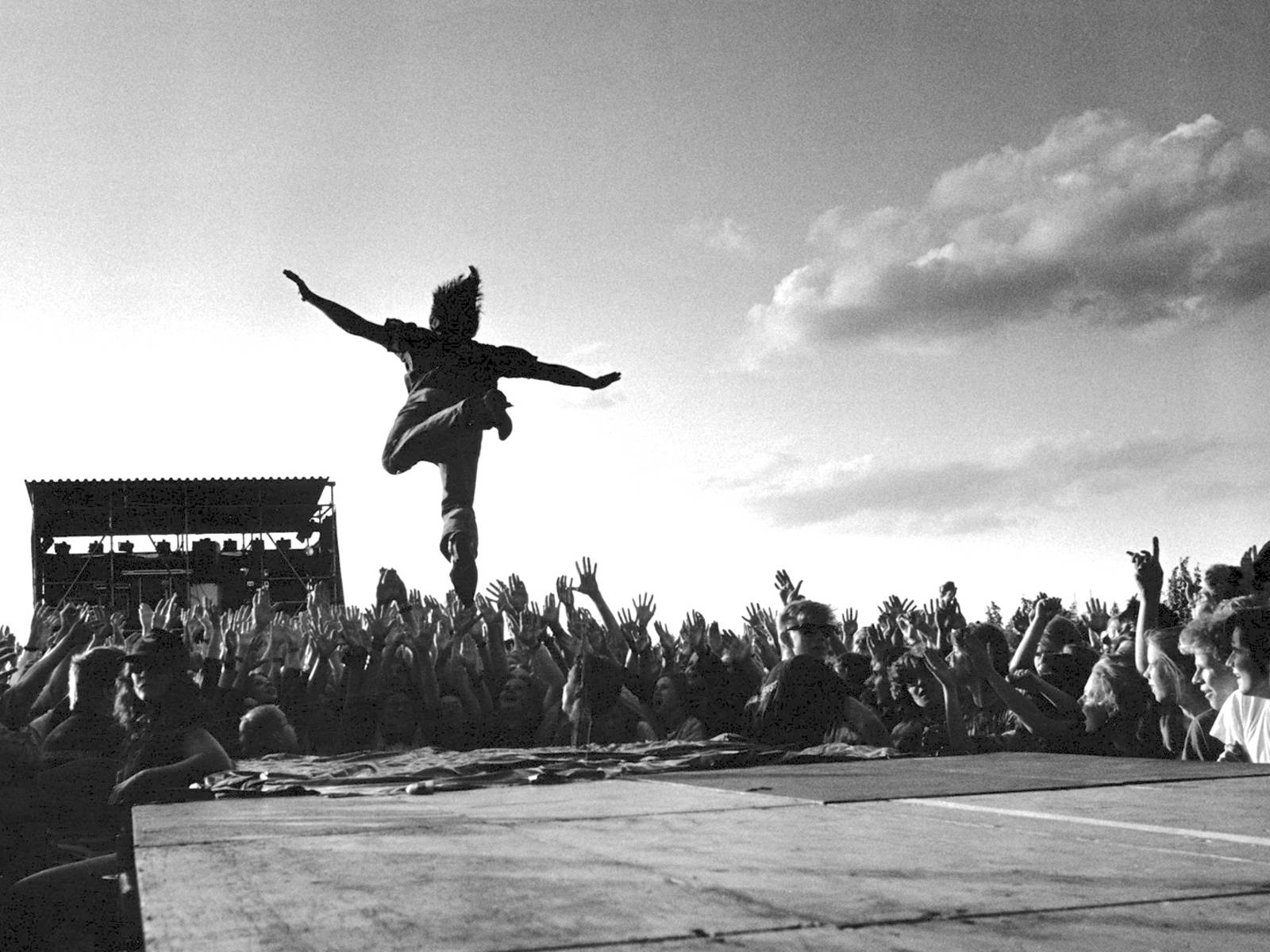 Im Sommer finden zahlreiche Open-Air-Konzerte der ganz grossen Pop- und Rock-Stars statt.