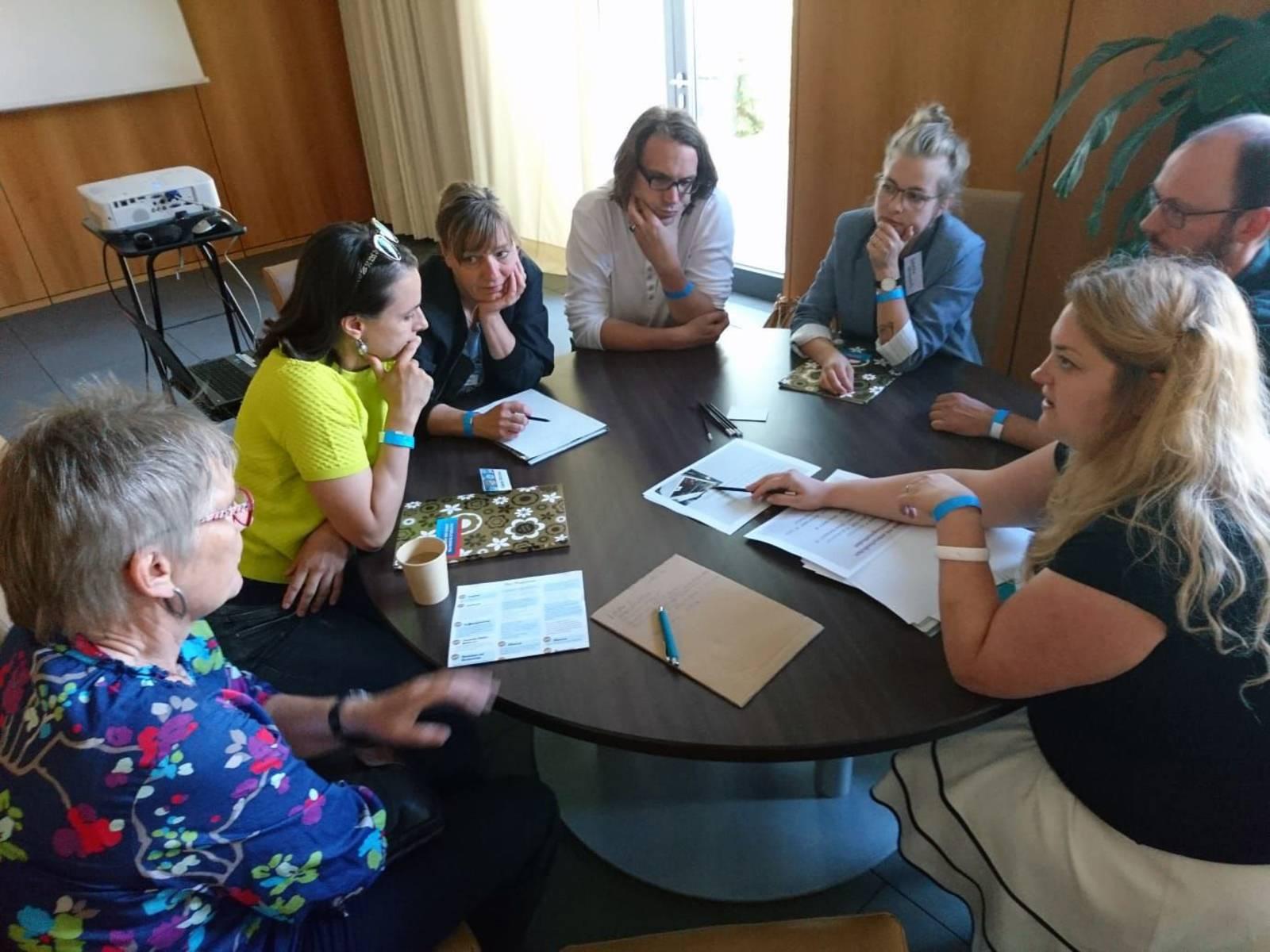"""Workshop """"Mitmachen oder Widerstehen"""" des ZeitZentrums Zivilcourage"""
