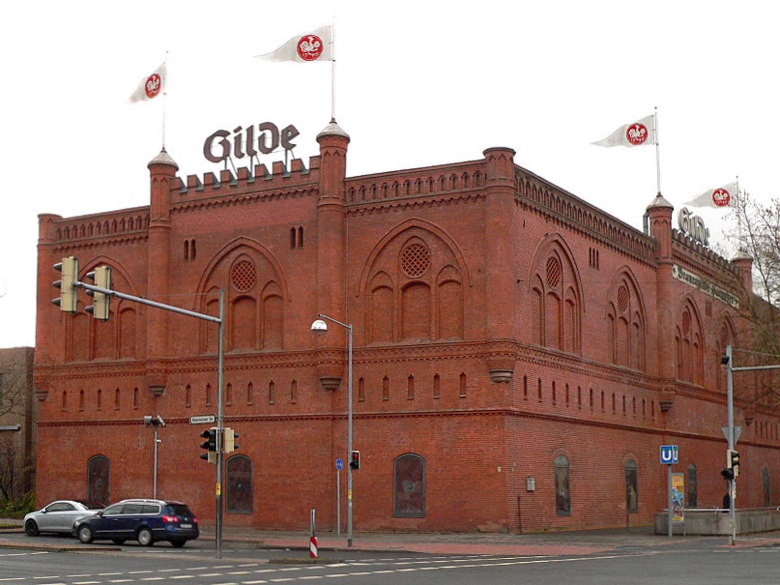 Das rote Backsteinhaus der Gilde-Brauerei