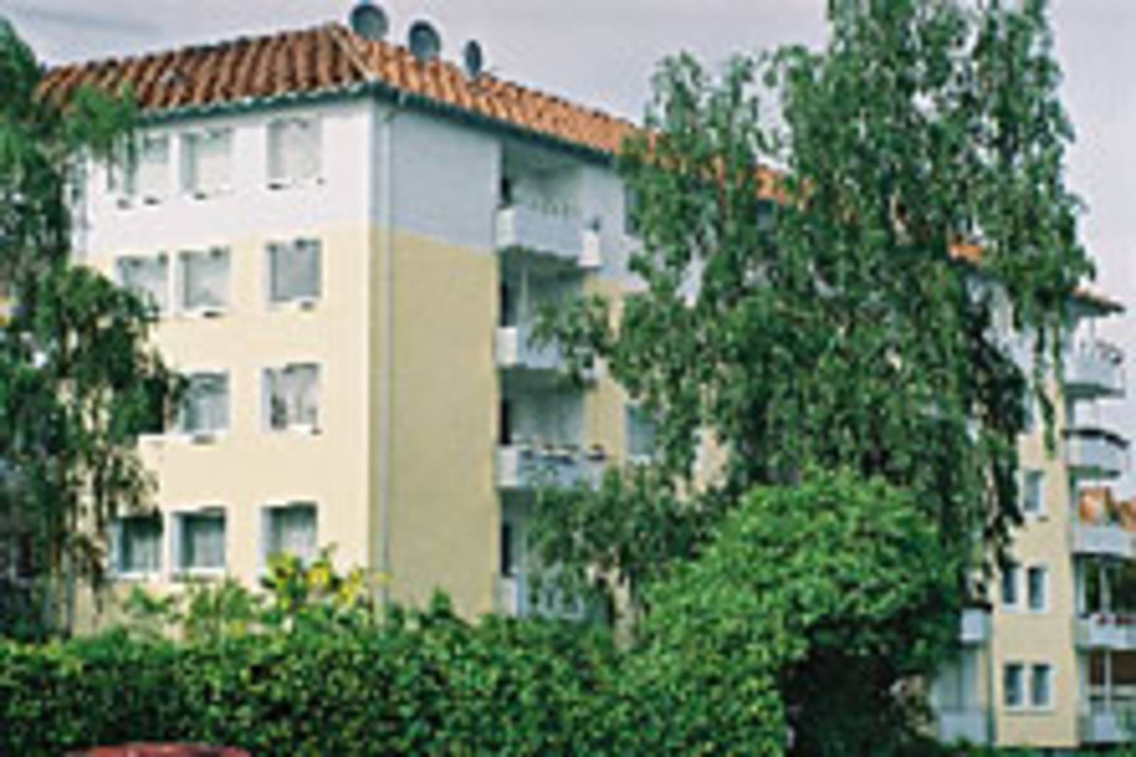 Modernisiertes Mehrfamilienhaus