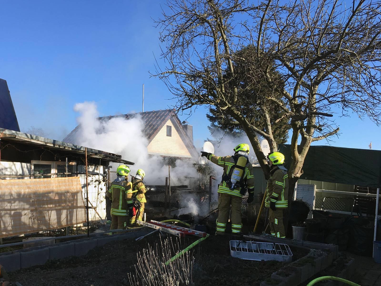 Im Stadtteil Hannover Linden-Süd brannten zwei Gartenlauben.