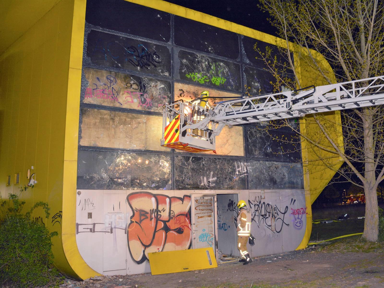Brand im ehemaligen litauischen Pavillon auf dem EXPO-Gelände
