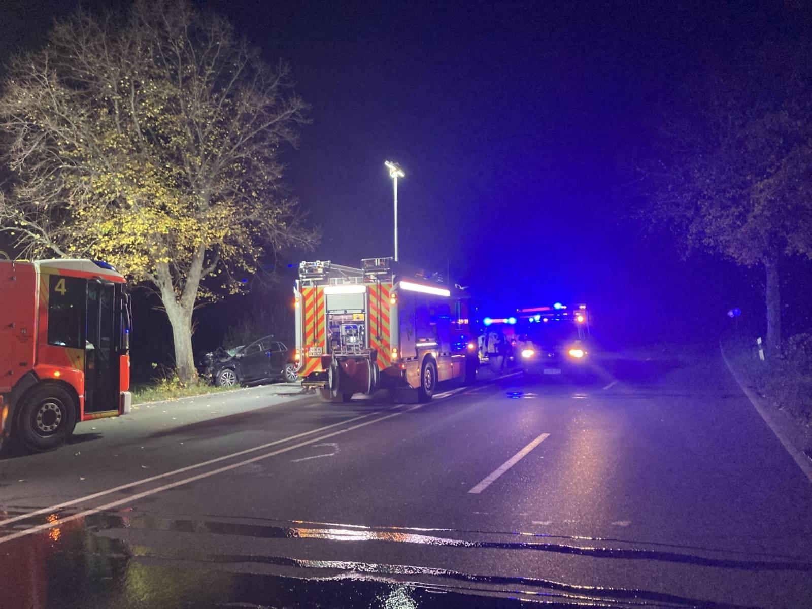 Die Feuerwehr Hannover an der Unfallstelle