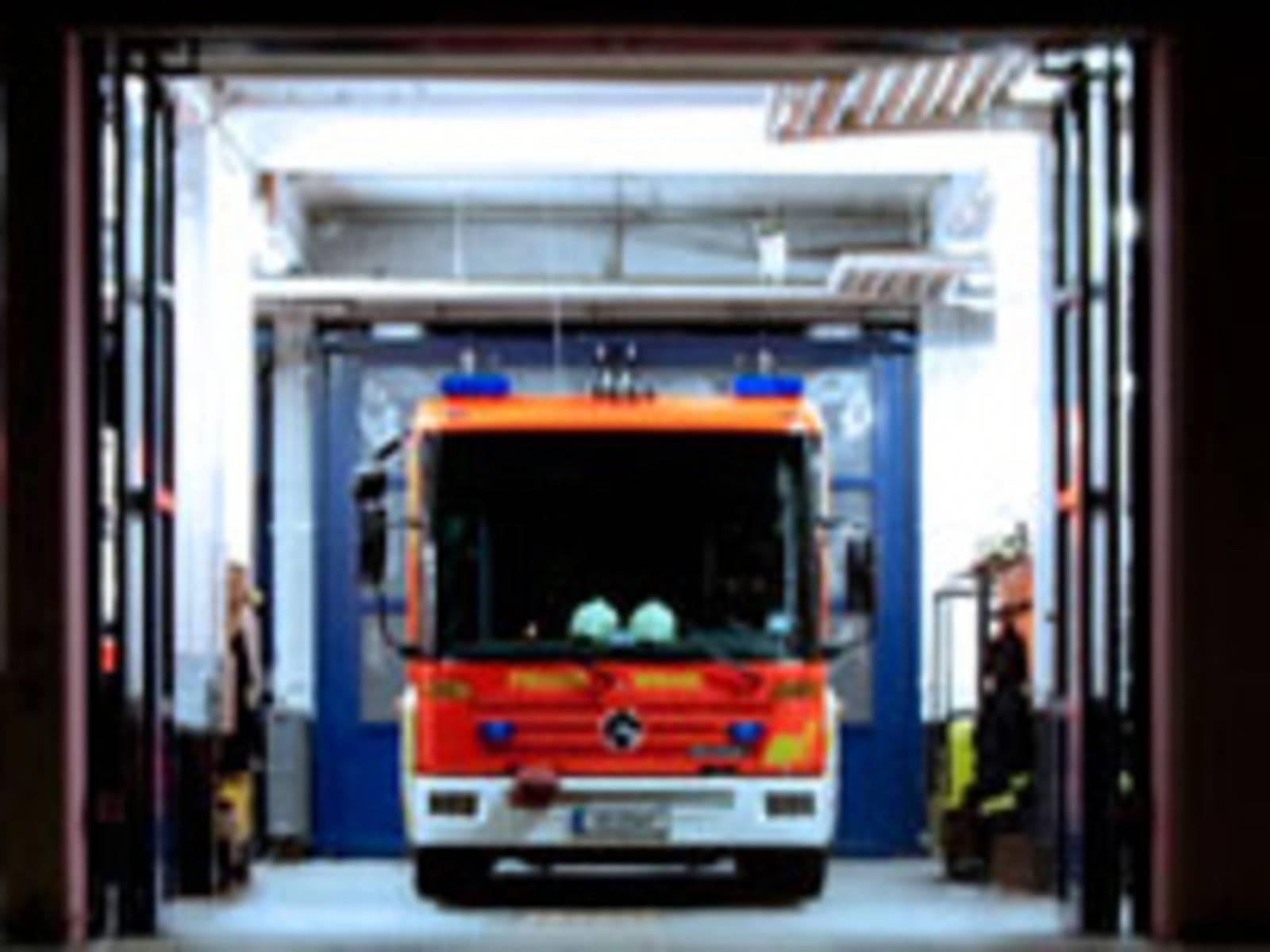 Symbolbild Löschfahrzeug Feuerwehr Hannover