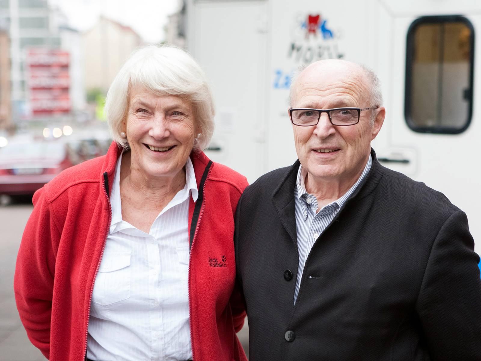Frau und Mann.