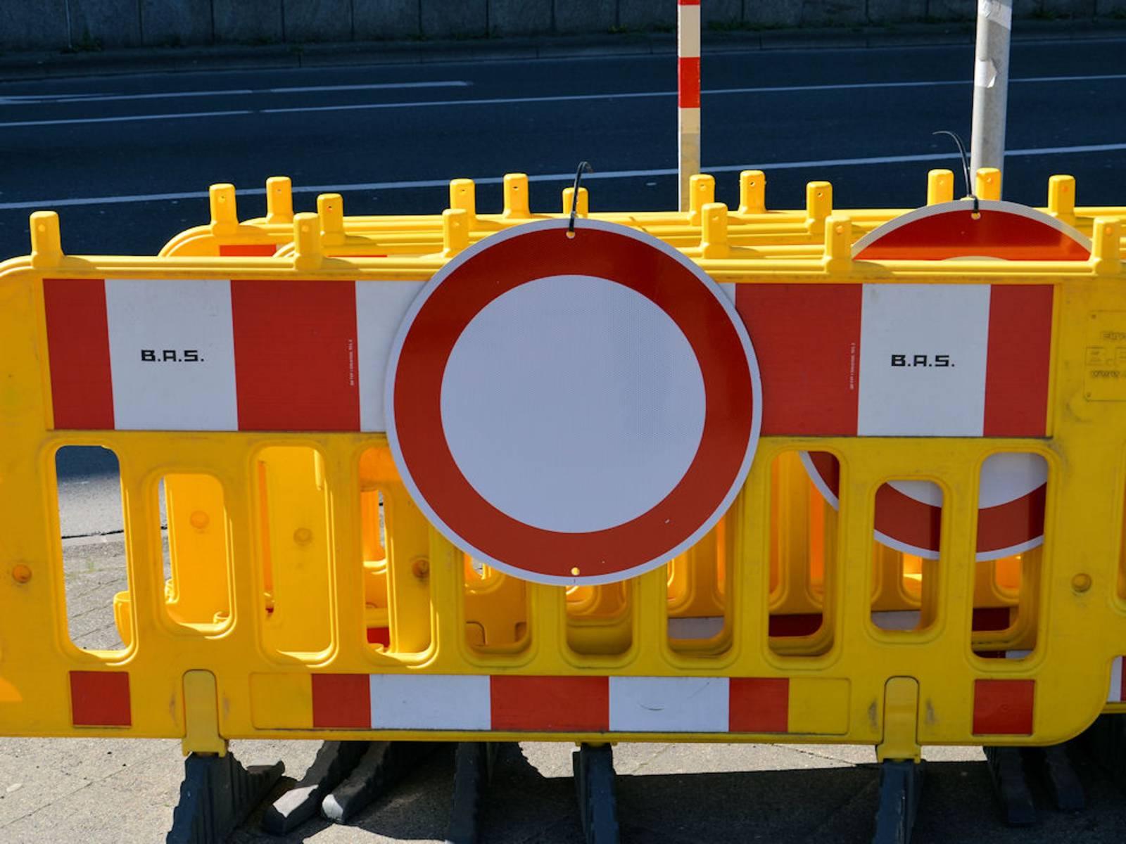 Verkehrsschild: Verbot für Fahrzeuge aller Art
