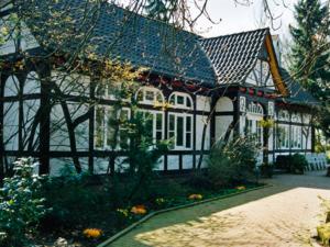 Eingeschossiges Fachwerkgebäude