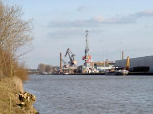 Hafenanlagen am Mittellandkanal