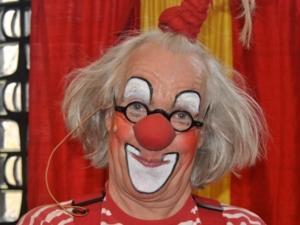Clown Fidolo unterhielt Kinder und Erwachsene.