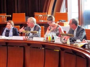 v.l.: Melanie Walter, Dezernent Thomas Walter, Georgia Jeschke (CDU), Dr. Frank Herbert