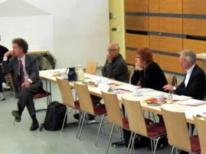 Foto von der rechten Seite. Von links: Wolfgang Reinboldt, Ali Faridi, Ratsfrau Gunda Pollok-Jabbi (Die Linke), Ratsherr Thomas Klapproth (CDU)