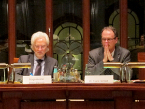 Bürgermeister Bernd Strauch und Dr. Frank Herbert