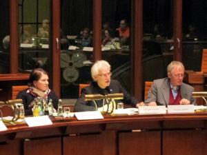 Bilder von der Sitzung des Internationalen Ausschusses vom 2013-01-24
