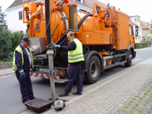 Straßenablaufreinigung (Gullyreinigung)