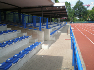 Tribüne im Erika-Fisch-Stadion