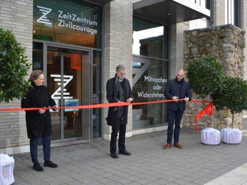 Feierliche Eröffnung des ZeitZentrums Zivilcourage durch Oberbürgermeister Belit Onay, Kulturdezernentin Konstanze Beckedorf und Dr. Karljosef Kreter, Leiter des ZeitZentrums Zivilcourage