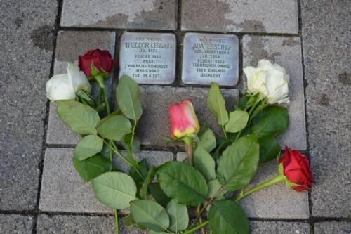 Stolpersteine vor dem ehemaligen Wohnhaus der Lessings