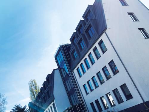 Gebäude Weinstraße 2-3