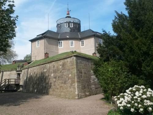 Dieses Bild zeigt die Festung auf der Insel Wilhelmstein.
