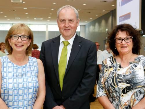 Die stellvertretenden Regionspräsidentinnen und der stellvertretende Regionspräsident.