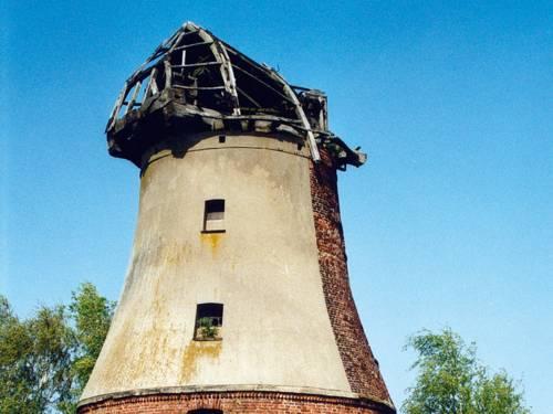 Holländerwindmühle ohne Flügel