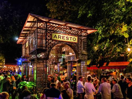 Das Restaurant Aresto gut besucht beim Maschseefest