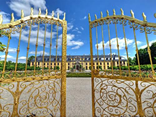 Goldenes Tor in den Herrenhäuser Gärten.