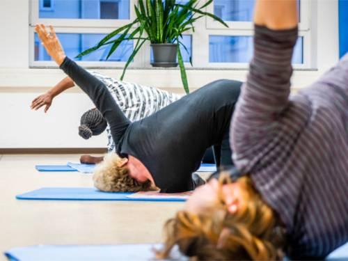 Yoga-Gruppe des Kommunalen Seniorenservice im Stadtbezirk Nord.