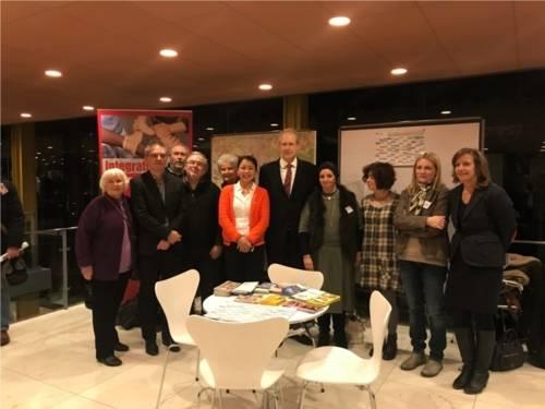 Der Integrationsbeirat mit Oberbürgermeister Schostok beim Neujahrsempfang 2018.