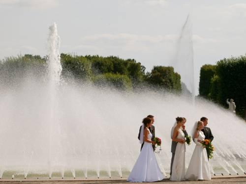 Brautpaare im Großen Garten