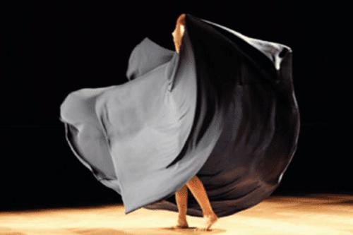 Tänzer*in