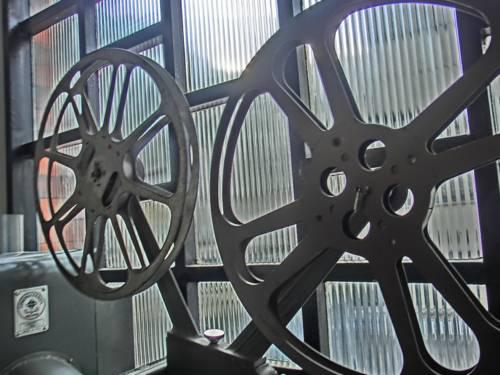 Ein alter Kinoprojektor