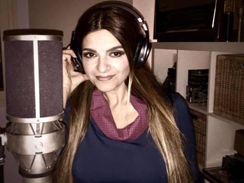 Die türkischstämmige Sängerin Ayda - mit ihrer Band Shanaya - will mit Musik die Integration voranbringen.