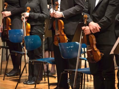 'Realer Orchesterklang' verso 'virtuelle Klangbibliotheken'