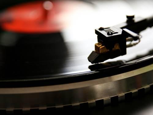 Die Zusammenarbeit zwischen Wirtschaft und Musikszene soll weiter ausgebaut werden.