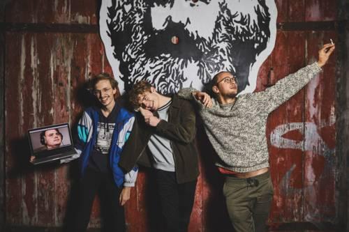 """Die Bandmitglieder einer Band namens """"Alter Kaffee"""""""