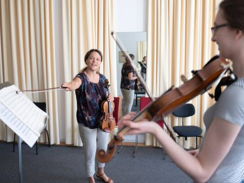Nach Wochen der Schließung wird in der Hochschule für Musik, Theater und Medien Hannover seit dem 2. Juni unter strengen Abstands- und Hygieneregeln wieder unterrichtet.