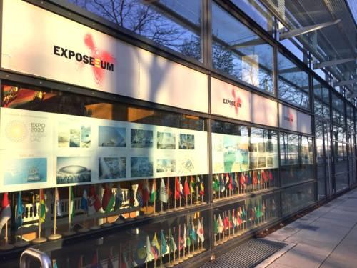 Das EXPOSEEUM, aufgebaut und betrieben vom Verein EXPOSEEUM e.V., zeigt seit 2002 eine vielseitige Schau zur EXPO 2000.