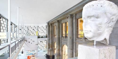 Eingangsfassade: Museum August Kestner