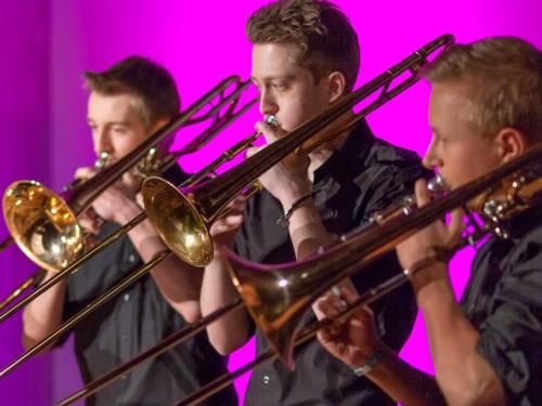 Die Bandbreite der Instrumente reicht von der winzigen Sopranino-Flöte bis zum riesigen Kontrabasstuba.