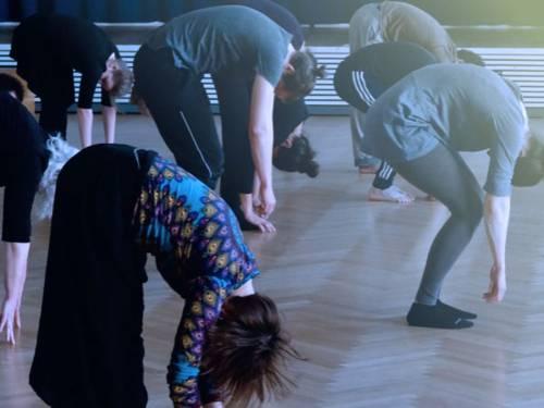 Tanz- und Bewegungskurse für Erwachsene in der TANZ-Etage
