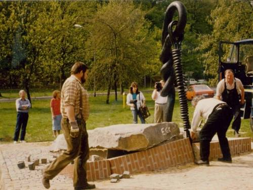 Errichtung des Mahnmals KZ Stöcken, 1987
