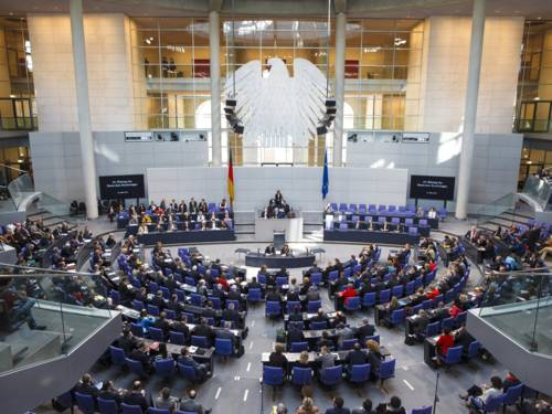Blick ins Plenum während einer Sitzung des Deutschen Bundestages.