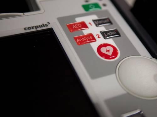 Detailaufnahme Corpuls 3 - EKG Monitoring und Defibrillation.