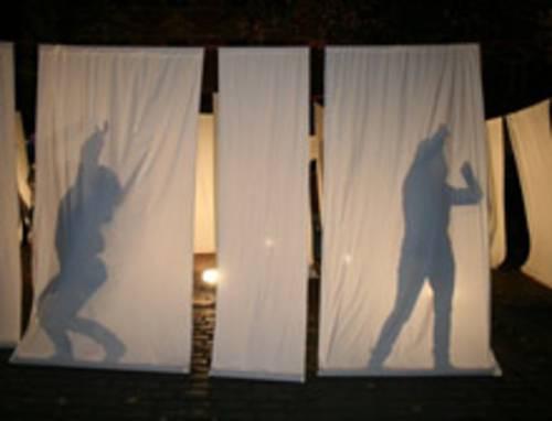Tanz und Schattenspiel