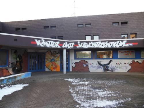 Jugendzentrum Mittelfeld - Außenaufnahme vom Eingangsbereich