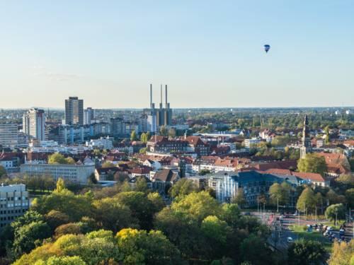 Panoramabild von Hannover, Blick aufs Ihmezentrum